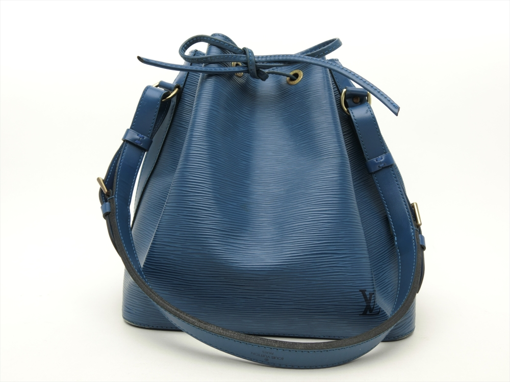 ff0fe992bae5 Details about Louis Vuitton Authentic Epi Leather Blue Petit Noe Shoulder  Tote Bag Auth LV